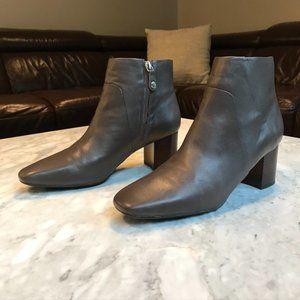 Geox 'Respira' Grey Leather Ankle Boots